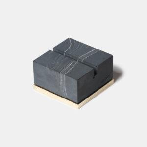 MONSTERPILL card holder _ black marble